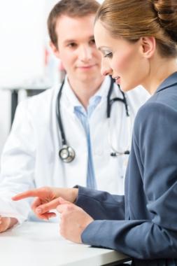 Где и как оформить медицинскую книжку в Рошаль